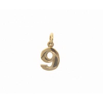Ciondolo in oro numero 9