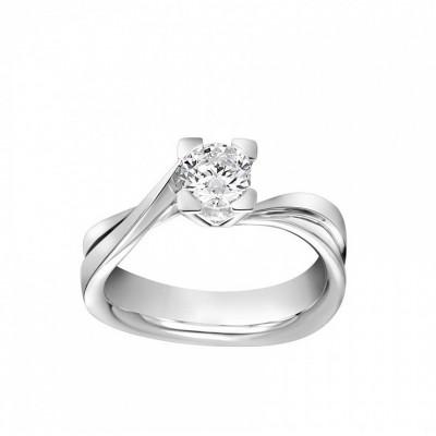 Anello Icona 7 in oro bianco e diamanti