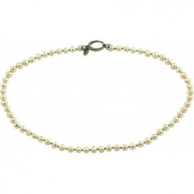 Girocollo basic perle bianche tonde con chiusura ovale argento